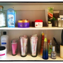 How 2 Organize Beauty Products in Your Bathroom